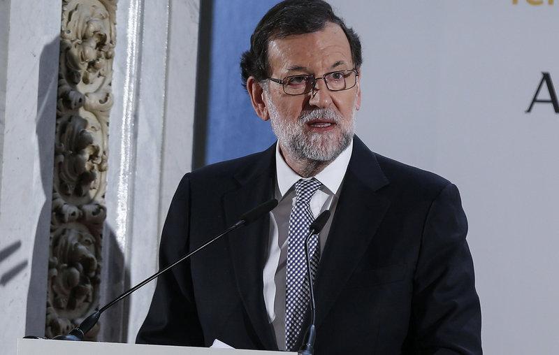Rajoy Puigdemont Ha Rebut El Tracte Que Es Mereix