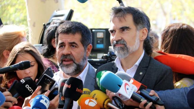 Sànchez i Cuixart, <i> després d'haver declarat a l'Audiencia Nacional el 6 d'octubre del 2017</i>