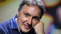 Carlos Zanón és autor de novel·les, poemaris, biografies de músics, crítiques literàries i articles de premsa, i és l'actual comissari de BCNegra
