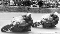 Agostini (1) contra Hailwood (2), el 1967