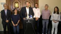 L'alcalde de Mataró, David Bote, compareix acompanyat dels portaveus dels grups municipals