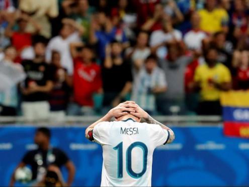 Messi es lamenta després d'un dels gols de Colòmbia