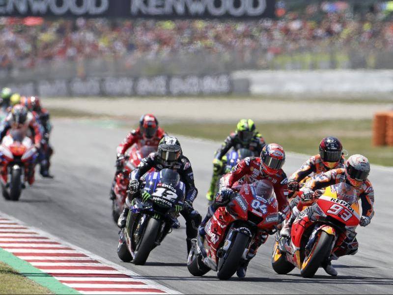 Márquez i Dovizioso, en la primera volta