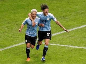 Lodeiro, felicitat per Cavani després del seu gran gol
