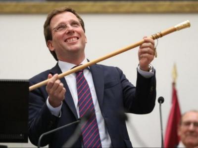Martínez-Almeida, proclamat alcalde de Madrid dissabte