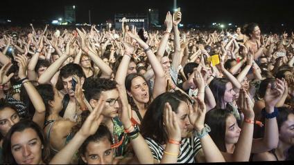 Públic , en un dels concerts del Canet Rock 2019, celebrat la primera setmana de juliol