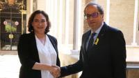 El president del Govern, Quim Torra, rep l'alcaldessa de Barcelona, Ada Colau, al Palau de la Generalitat el 18 de juny de 2018