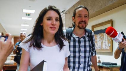 La portaveu de Podem, Irene Montero, i el secretari general del partit, Pablo Iglesias