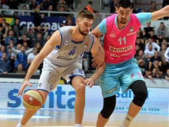 Magarity jugant al KK Zadar
