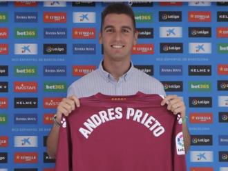 Andrés Prieto, ahir en la seva presentació com a nou porter de l'Espanyol