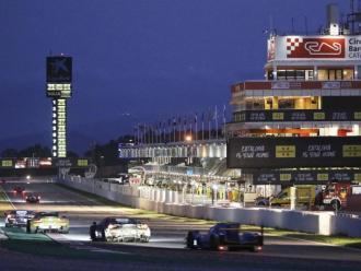 L'últim revolt del Circuit, en una imatge nocturna de les 4 Hores de Barcelona