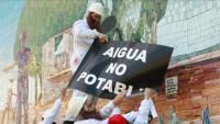 Una imatge d'arxiu d'una acció de protesta contra la contaminació de l'aigua que es va fer a Figueres