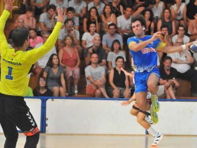Una jugada de la semifinal entre el Fraikin i el Sarrià
