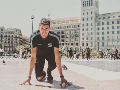 Pol Retamal, en una imatge a la plaça Catalunya del web d'atletisme català Carrer Lliure