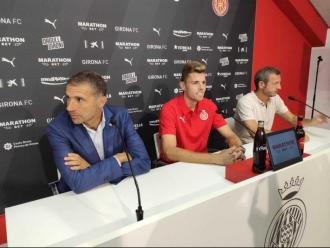Geli, Gumbau i Quique Cárcel durant la roda de premsa de presentació