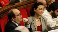 Eva Granados al costat de Miquel Iceta al Parlament