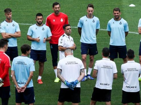 David Gallego conversa amb els seus homes en l'entrenament previ al partit d'avui contra el Zorya