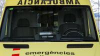 Mor un home de 61 anys en bolcar amb el tractor en una finca de la Bisbal del Penedès