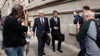Gordó i el seu advocat sortint de declarar al TSJC pel cas 3% ara fa dos anys