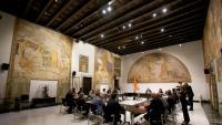La primera reunió de la comissió d'experts, presidida per Quim Torra, es va celebrar ahir a la Sala Torres-García del Palau de la Generalitat.