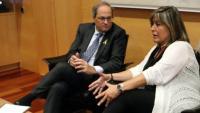 El president de la Generalitat, Quim Torra, i l'alcaldessa de l'Hospitaler de Llobregat, Núria Marín, durant la reunió celebrada aquest dijous