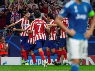Eufòria blanc-i-vermella amb el gol d'Herrera