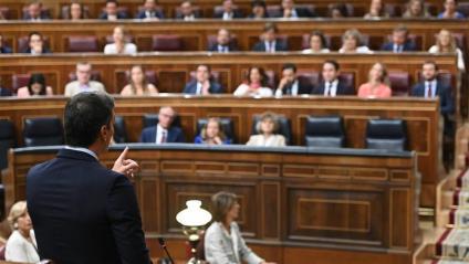 Sánchez, interpel·lant Casado en la sessió de control de l'últim ple celebrat al Congrés en l'efímera tretzena legislatura