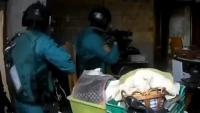 El ministeri espanyol de l'Interior publica un vídeo d'un dels escorcolls a Catalunya