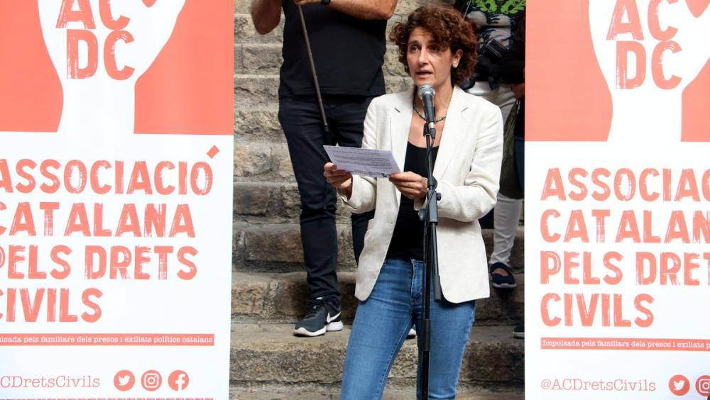 Marina Garcés, durant la lectura del manifest