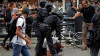 Durant la concentració a la T1 del Prat hi va haver diverses càrregues policials