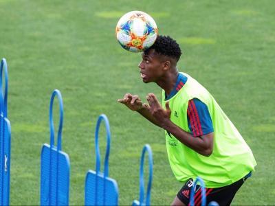 Ansu Fati entrenant-se amb la selecció espanyola sub-21