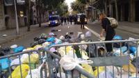 Els manifestants es concentren aquest diumenge a la tarda a la cruïlla del carrer Mallorca amb Bruc