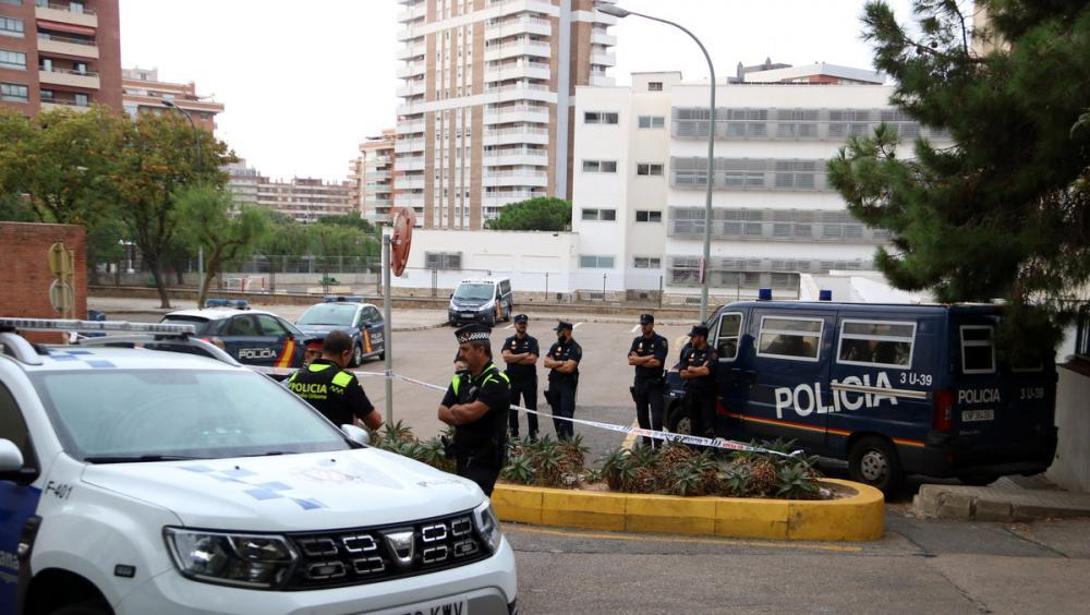 Policia Nacional i Guàrdia Urbana de Tarragona davant la comissària