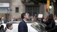 Pedro Sánchez i Teresa Cunillera surten de la prefectura de la policia espanyola