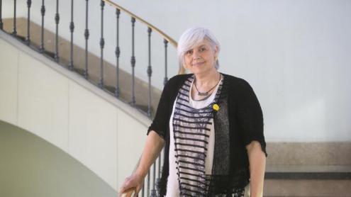 <b>Dolors Sabater, </b>fotografiada a l'Ajuntament de Badalona, on és regidora de Guanyem.