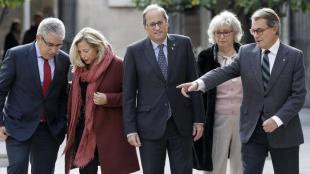 Homs, Ortega, Torra, Rigau i Mas, durant l'acte que es va fer ahir al Palau de la Generalitat per recordar els cinc anys de la consulta del 9-N