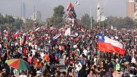 Una de les moltes massives protestes que hi ha hagut a Santiago de Xile aquestes últimes setmanes