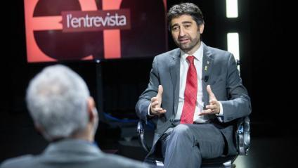 El conseller Puigneró, durant l'entrevista amb  el director d'El Punt Avui, Xevi Xirgo Puigneró defensa la legalitat i la necessitat de l'agència catalana de ciberseguretat