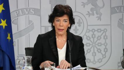 La portaveu del govern espanyol en funcions, Isabel Celaá, a la roda de premsa del Consell de Ministres