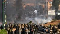 Militars i policies bolivians s'enfronten a centenars de manifestants seguidors d'Evo Morales a Cochabamba