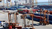 Contenidors de mercaderies al port de Barcelona