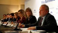 El director general de la Fira, Constantí Serrallonga, en primer terme a la taula d'autoritats, amb Marín, Chacón, Colau i Aragonès, entre d'altres