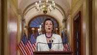 La presidenta de la Cambra de Representants, Nancy Pelosi, durant la compareixença d'ahir al Capitoli, a Washington