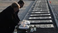 La cancellera alemanya Angela Merkel a Auschwitz