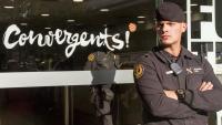 Agents de la Guàrdia Civil , en els escorcolls a la seu de Convergència a Barcelona pel cas del 3%, el 2105. Dos anys després, el 2017, van tornar-hi