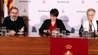 Manuel Valdés, Rosa Alarcón i Mayte Castillo en la presentació del pla alternatiu