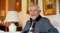 Josep Vallverdú al pis  de Balaguer on viu actualment
