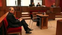 El president Quim Torra assegut al banc dels acusats el passat 18 de novembre a l'inici del judici per desobediència