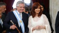 El nou president de l'Argentina, Alberto Fernández, i la nova vicepresidenta, Cristina Fernández , en l'acte d'ahir