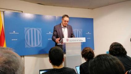 El secretari de Mesures Penals, Amand Calderó, anunciant la proposta